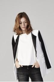 B16 - Stripe collar blazer